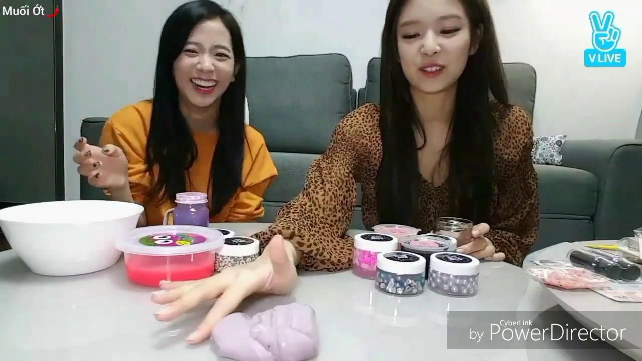 Jennie, Jisoo chơi slime (chất nhờn ma quái) và những khoảng khắc khiến fan đội quần =))))