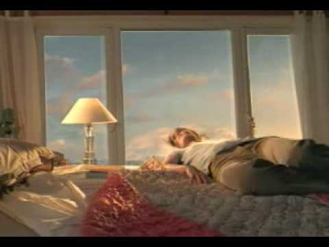 Air France (Le Nuage) Commercial (by Michel Gondry)