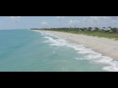 Becki Rundels- Vero Beach Realtor (Beachside In Castaway Cove)