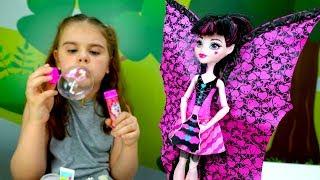 Видео Монстер Хай - пикник с Дракулаурой. Идеи для кукол - Мультики для девочек