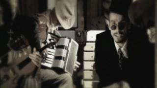 Los Cafres - Si el amor se cae (video oficial) HD