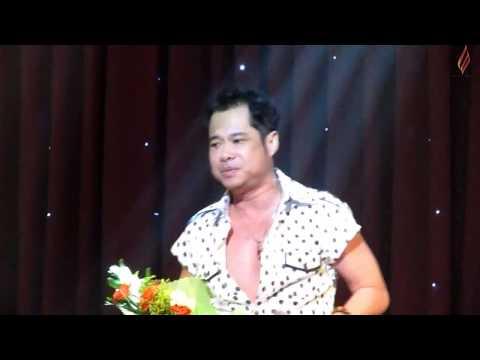 Ca sĩ Ngọc Sơn hát LK tại Phòng trà Da Vàng - 15/06/2012 (HD)