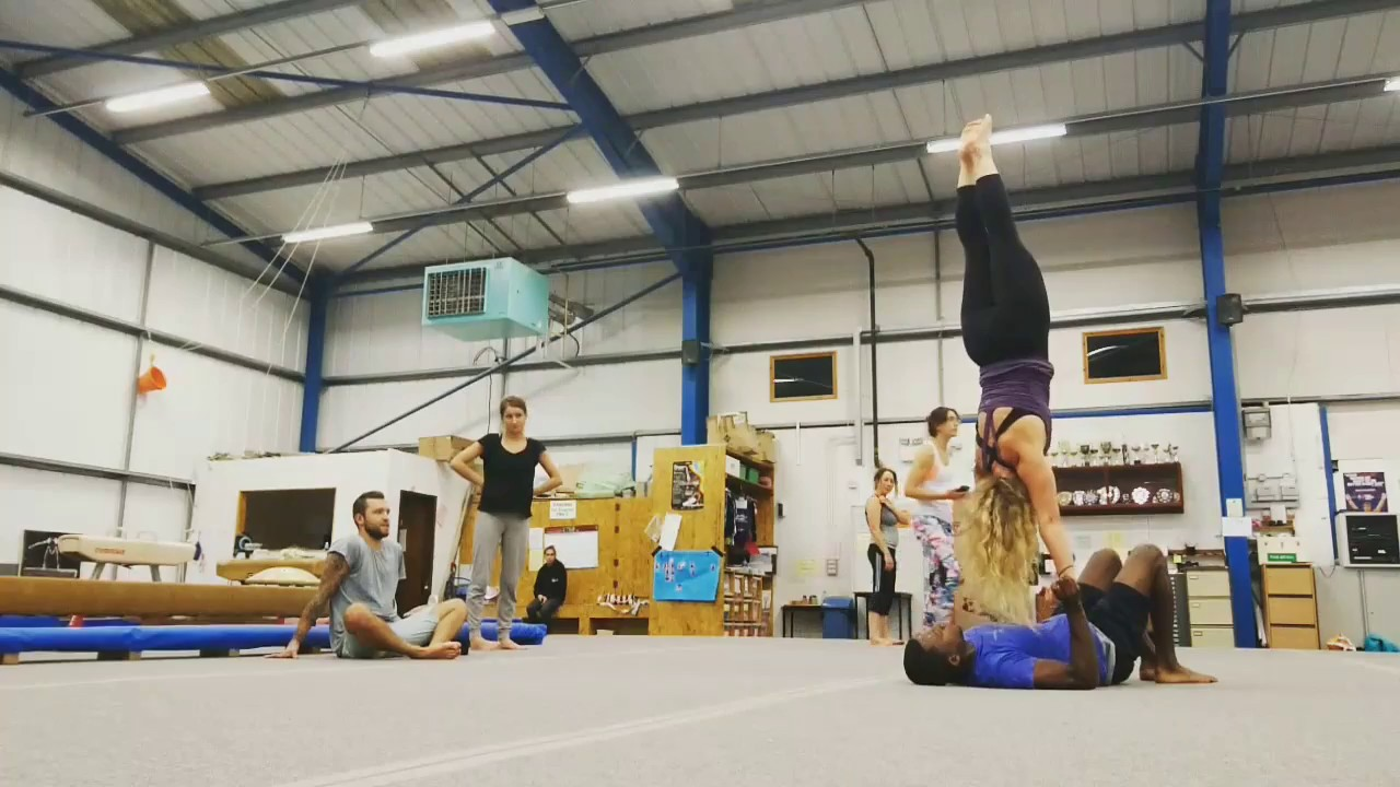 Acro yoga plymouth