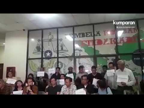 Konfrensi Pers-Pembubaran seminar sejarah 65 di LBH Jakarta