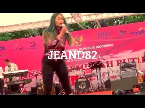 BUAYA BUNTUNG~INUL DARATISTA LIVE IN HONGKONG 2016(JEAND82)