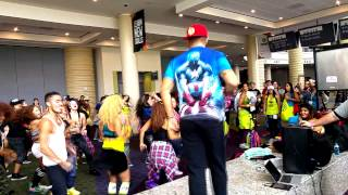 William Tws Ft Yandel & Shaggy and Alex Sensation - Bailame FLASHMOB