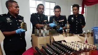 Polis rampas 435 botol arak tiruan