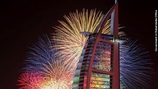 Dubai Fireworks Display Goes On Despite Hotel Fire Just A Mile Away - Newsy