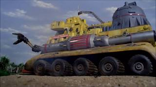 Thunderbirds Guest Vehicles - 4. The Crablogger