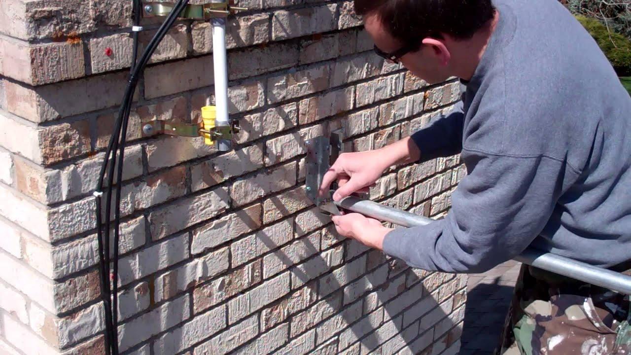 Simple Ham Radio Antennas: Stealthy Tilt-Over Mast Hidden by
