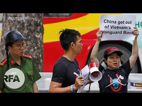 Công An Giải Tán Cuộc Biểu Tình Chống Trung Quốc Của Người Dân Hà Nội