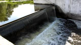 Шлюз-регулятор на реке Ирпень(Шлюз недалеко от села Стоянка. http://goo.gl/Uez0m4 На реке Ирпень много шлюзов-регуляторов и водохранилищ. Эта огром..., 2012-06-30T08:46:47.000Z)