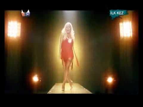 Lerzan Mutlu - Hançer l 2009 l Yepyeni Orjinal Video Klip - TURKISH POP !