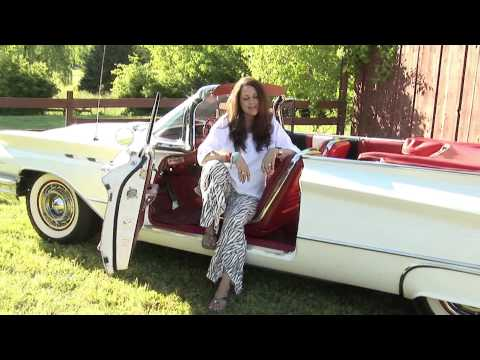 Donna Ulisse-Showin' My Roots-Official Video