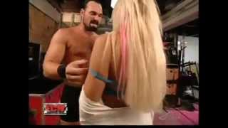 Repeat youtube video Mike Knox and Kelly Kelly Backstage