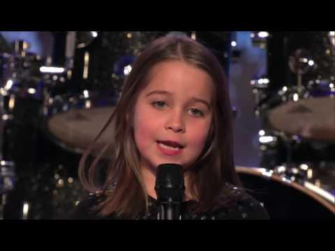 6 jährige singt Optimal - GZUZ bei einer TALENTSHOW