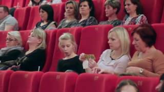 Dámská jízda s filmem Pohádky pro Emu