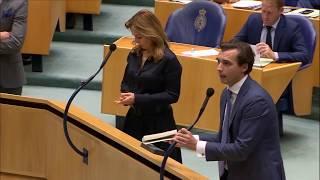 """Thierry Baudet (FVD) sloopt Pechtold: """"U bent bezig om de democratie af te schaffen"""" - APB17"""