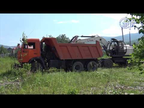 В Таштаголе сносят здание бывшего газового хозяйства