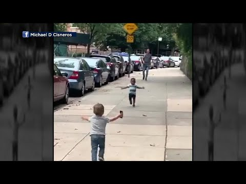 Brother Wease - WATCH: Toddlers Running To Each Other On NY Street