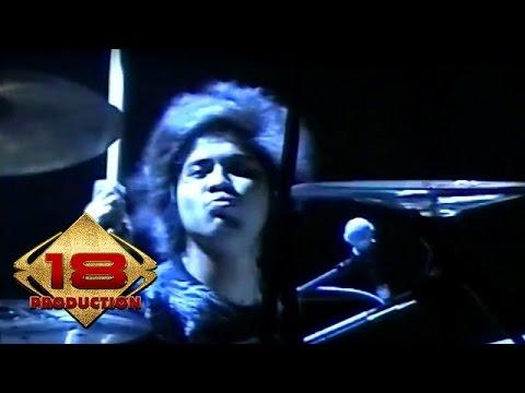 GIGI - Perdamaian  (Live Konser Medan 4 Mei 2008)