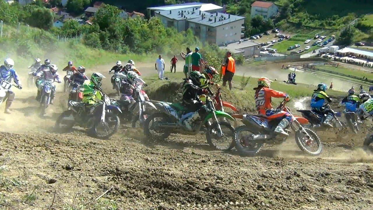 motocross u zaboku