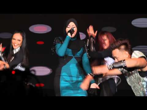 Shila Amzah 茜拉 《LOVE》Live Concert in Malaysia - Overdose (EXO)