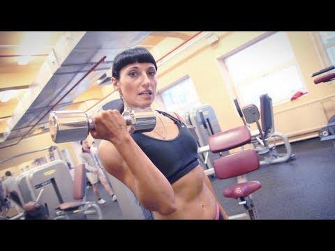 Упражнения с эспандером для женщин — Эффективные
