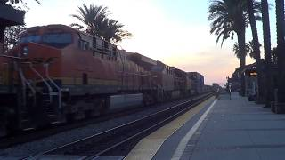 BNSF E/B Stack train going thought Fullerton station 2017-11-11