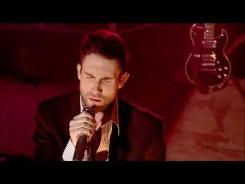 Maroon 5 -  Makes Me Wonder + This Love Transmission (UK TV Show) 2007