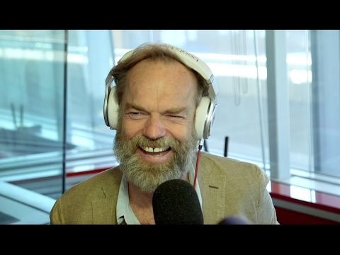 Hugo Weaving mistaken for a homeless man