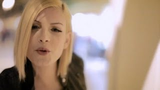 Emma Marrone - Cercavo Amore REMIX - Deejay Alex Gaudino - Regia Alex Infascelli - Video commento