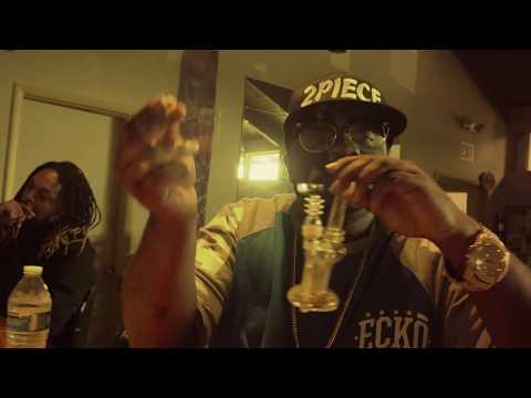 2piece - I SMOKE I DAB Feat 2Eleven