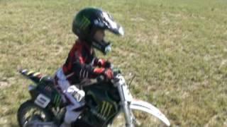 moto 50 cc lem  R2 moto 3 años