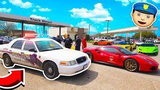 100 SUPERCARS vs COPS RACING!