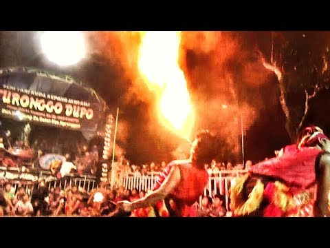 Atraksi SEMBUR API Ganongan Turonggo Dupo (Jangan Di Tiru !!!)---Live Kujon Manis