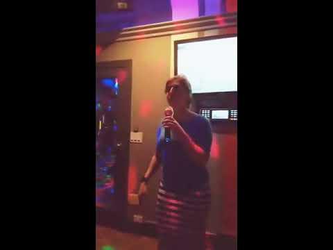 "Mayim Bialik Karaoke (""Stay"" by Rihanna)"