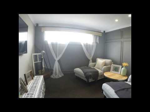 The Small Reno Project HOME: DIY Oak Window Pelmet & curtains