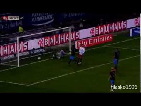 Cristiano-Ronaldo Tricks und Tore 2012/2013из YouTube · Длительность: 3 мин7 с