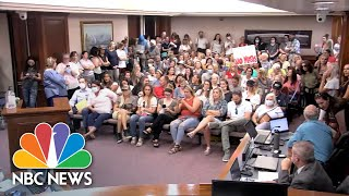 Watch: Parents Pack Into Utah County Meeting To Protest Student Mask Mandate   NBC News NOW
