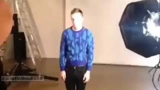 Tyler Joseph dancing