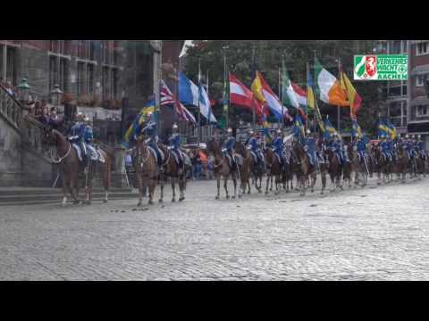 """Verkehrskadetten Aachen """"Välkommen Sverige""""  auf dem Aachener Marktplatz"""