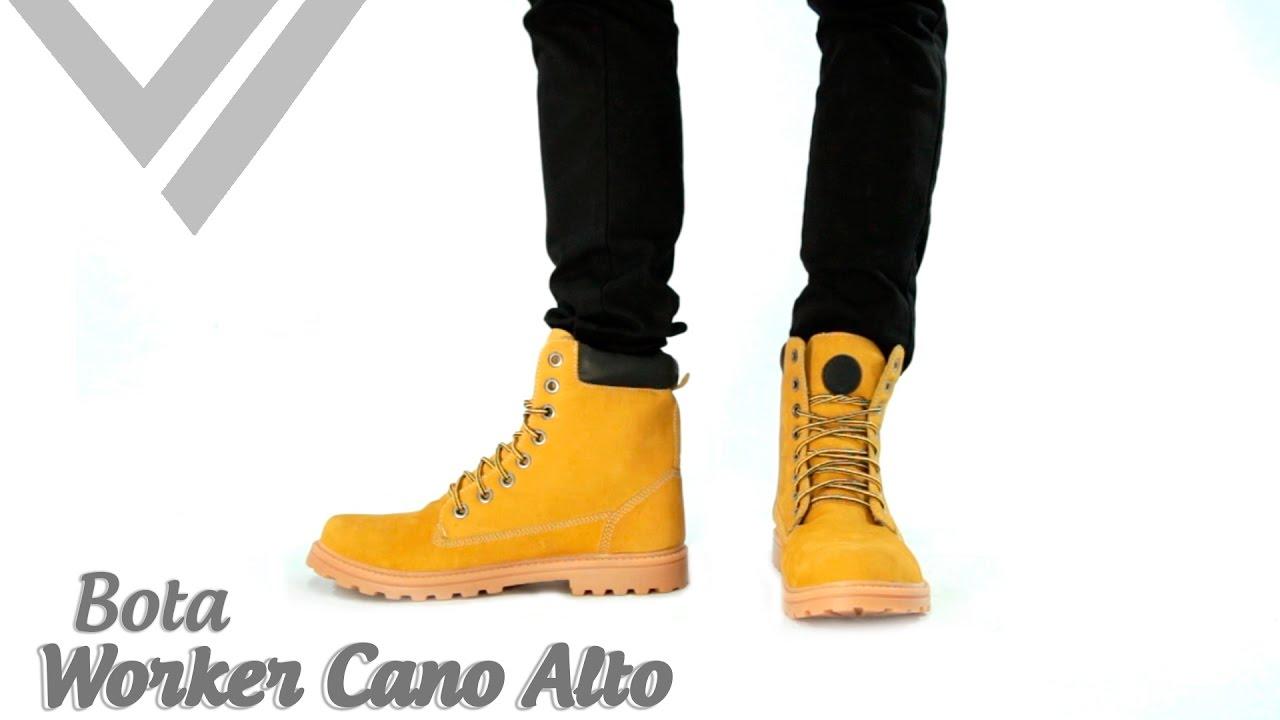607ccf603e Botas Masculina Worker Cano Alto I Sandro Moscoloni - YouTube
