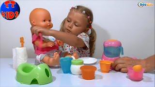 ✔ Кукла Ненуко. Ярослава готовит кашу и кормит малыша / Doll Nenuco eats porridge with Yaroslava ✔