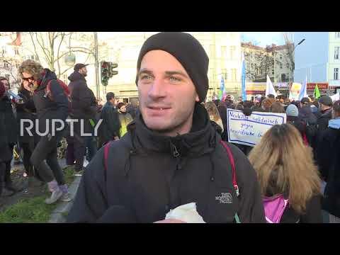 Germany: Hundreds condemn neo-Nazi violence at Berlin rally