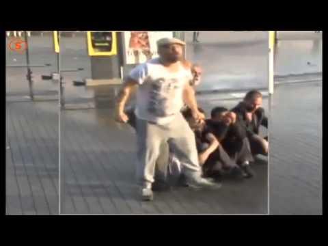 Taksim Gezi Parkı Eylemi Tomaya Kafa...