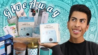 HUGE HOLIDAY GIVEAWAY! | Louie