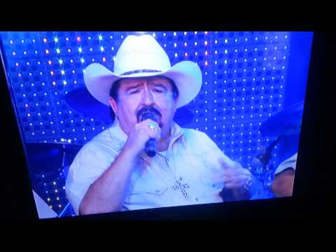 Mario Cavazos y Los Cowboyz 10 de Mayo