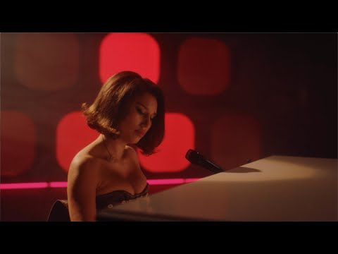 Смотреть клип Joel Corry X Raye X David Guetta - Bed