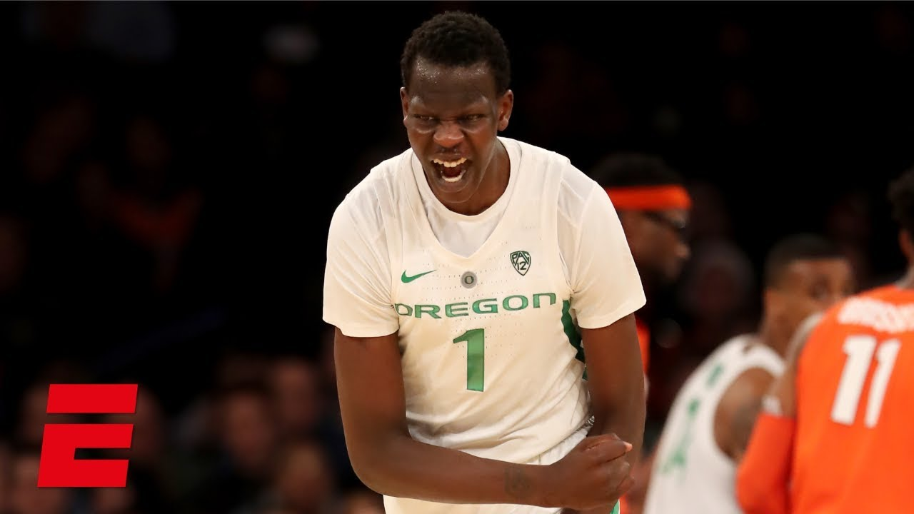 Bol Bol's 26-point game carries Oregon past Syracuse on his ...
